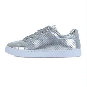 Silver Fashion Low Top Walking Sneaker Noah